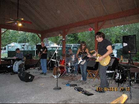 Blueberry Pie live in                           Wurzberg, NY